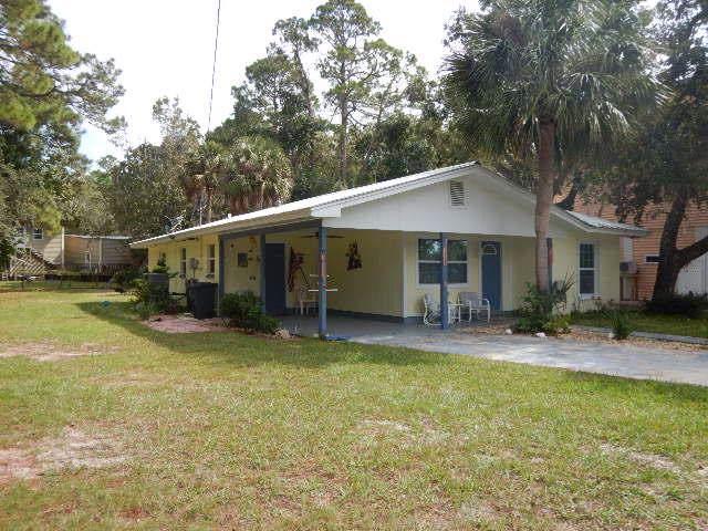 212 Second St Nw, Steinhatchee, FL 32359 (MLS #778937) :: Pristine Properties