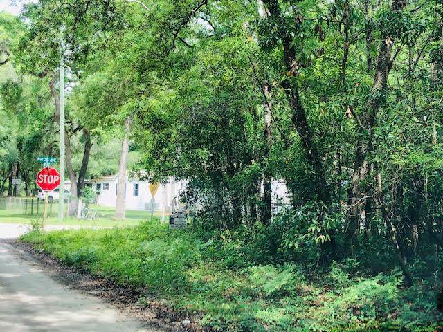 76th Ave NW, Chiefland, FL 32626 (MLS #779128) :: Pristine Properties