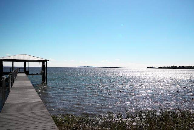 1010 7th Street, Cedar Key, FL 32625 (MLS #779632) :: Compass Realty of North Florida