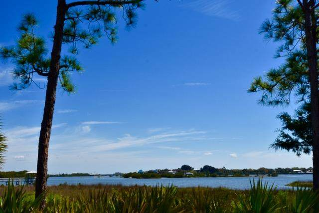 12331 Anchor Cove Dr, Cedar Key, FL 32625 (MLS #779808) :: Compass Realty of North Florida