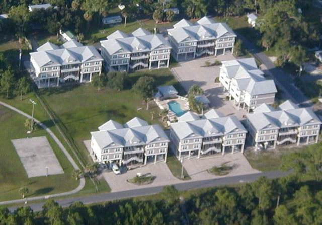 132 E 1st Ave B-201, Horseshoe Beach, FL 32648 (MLS #780159) :: Compass Realty of North Florida