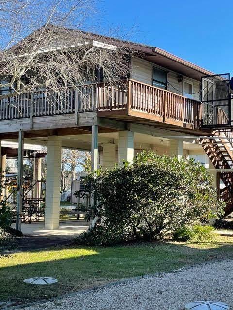 116 SE 890th Ave, Suwannee, FL 32692 (MLS #781327) :: Hatcher Realty Services Inc.