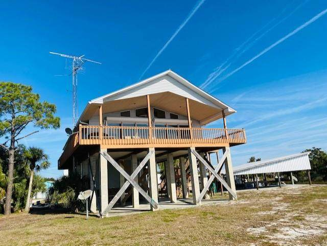246 10th Avenue E, Horseshoe Beach, FL 32648 (MLS #781331) :: Hatcher Realty Services Inc.