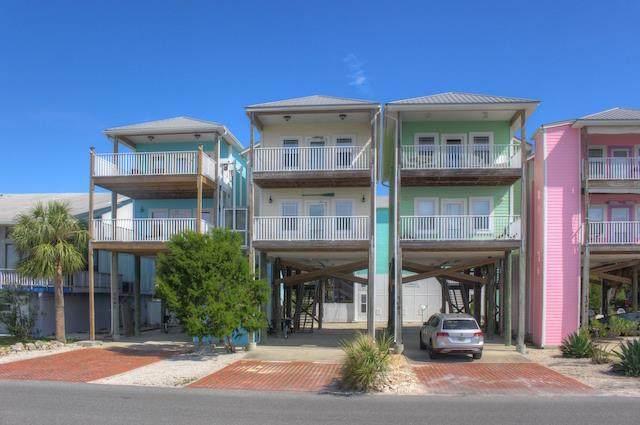 7071 G Street, Cedar Key, FL 32625 (MLS #781489) :: Hatcher Realty Services Inc.