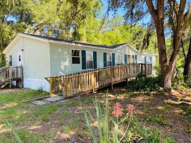 9860 NW 66th Ter, Chiefland, FL 32626 (MLS #782171) :: Hatcher Realty Services Inc.