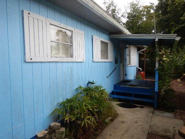 1405 SE Second Ave, Steinhatchee, FL 32359 (MLS #782519) :: Hatcher Realty Services Inc.