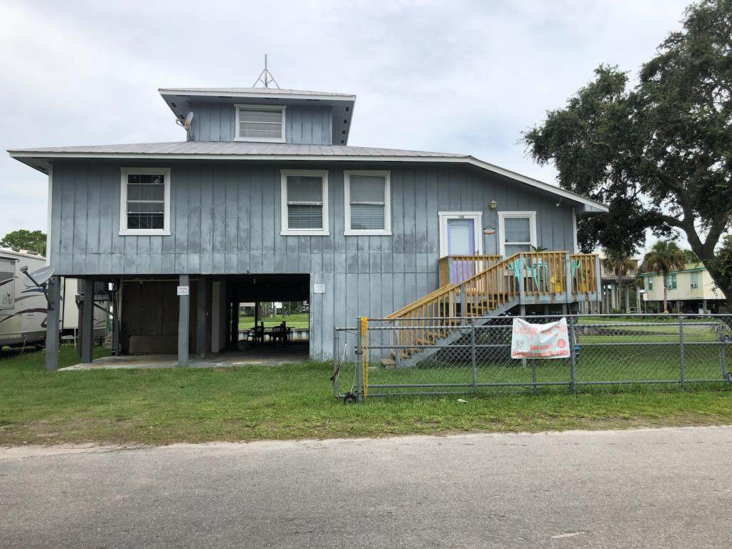 102 8th Ave - Photo 1