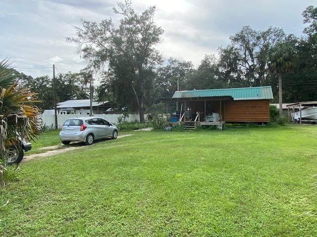 303 NW Third St, Steinhatchee, FL 32359 (MLS #782843) :: Compass Realty of North Florida