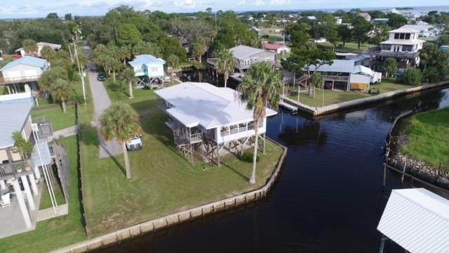 151 W 5th Ave, Horseshoe Beach, FL 32648 (MLS #782873) :: Bridge City Real Estate Co.