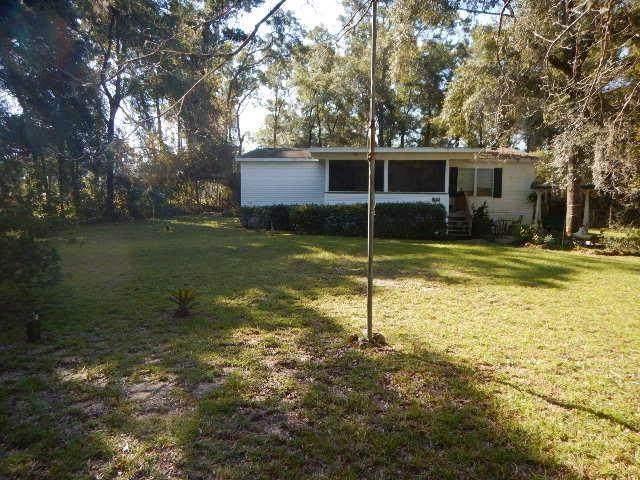 1634 NE Pine Tree Rd, Steinhatchee, FL 32359 (MLS #782922) :: Compass Realty of North Florida