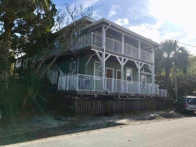 640 6 ST, Cedar Key, FL 32625 (MLS #779544) :: Hatcher Realty Services Inc.