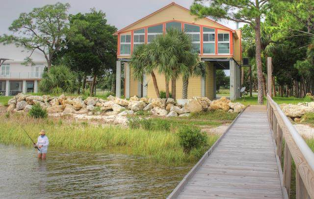 16550 SW Airport Rd., Cedar Key, FL 32625 (MLS #780722) :: Compass Realty of North Florida