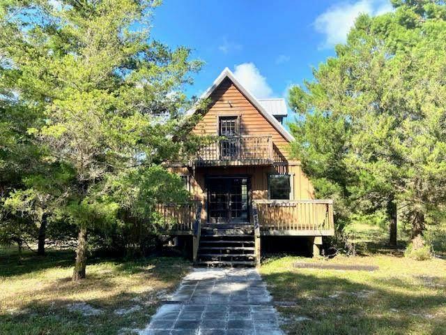 7850 SW 126th Ter, Cedar Key, FL 32625 (MLS #782842) :: Compass Realty of North Florida