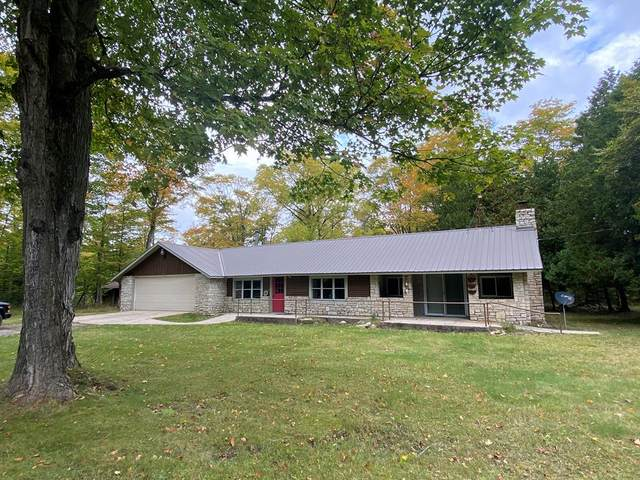 308 Old Camp Rd, Washington Island, WI 54246 (#135840) :: Town & Country Real Estate