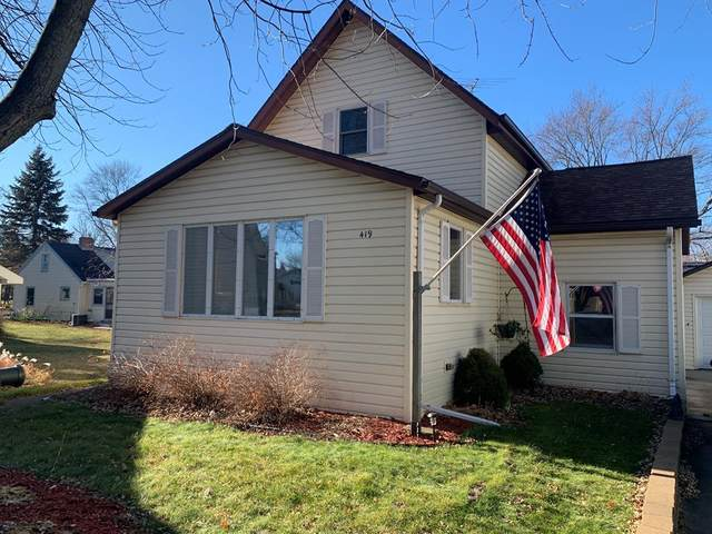 419 1st St, Luxemburg, WI 54217 (#136104) :: Town & Country Real Estate