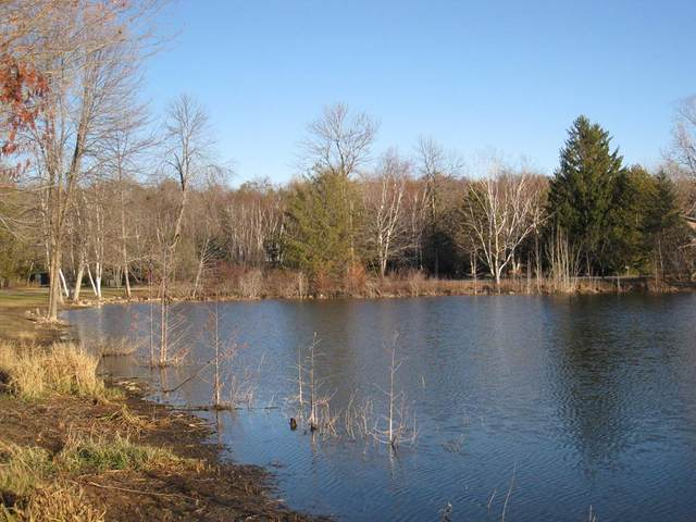 Island Circle Dr, Sturgeon Bay, WI 54235 (#136183) :: Town & Country Real Estate