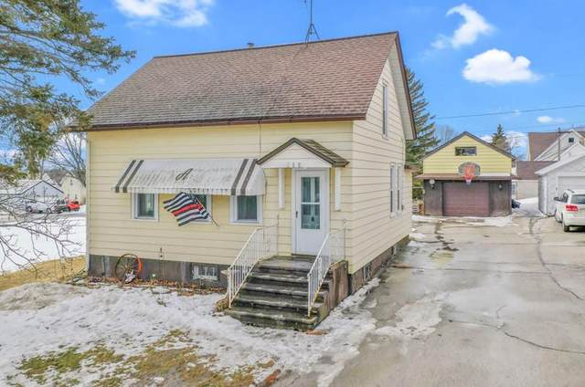 519 Maria St, Luxemburg, WI 54217 (#136353) :: Town & Country Real Estate