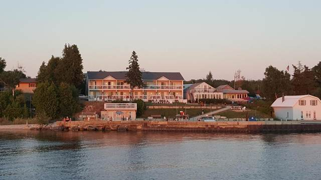12725 Wisconsin Bay Rd, Ellison Bay, WI 54210 (#136387) :: Town & Country Real Estate