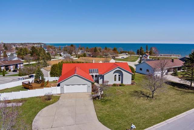 10 Villa Hgts Court, Algoma, WI 54201 (#136612) :: Town & Country Real Estate