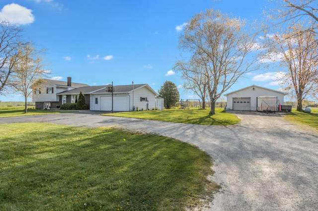 N6504 Hillside Rd, Luxemburg, WI 54205 (#136751) :: Town & Country Real Estate