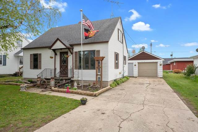 1006 Adams St, Algoma, WI 54201 (#136805) :: Town & Country Real Estate