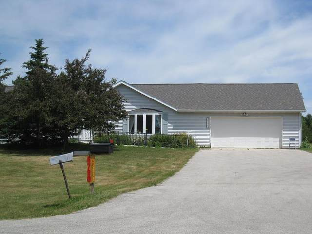 6790 Stagg Rd, Sturgeon Bay, WI 54235 (#136919) :: Town & Country Real Estate