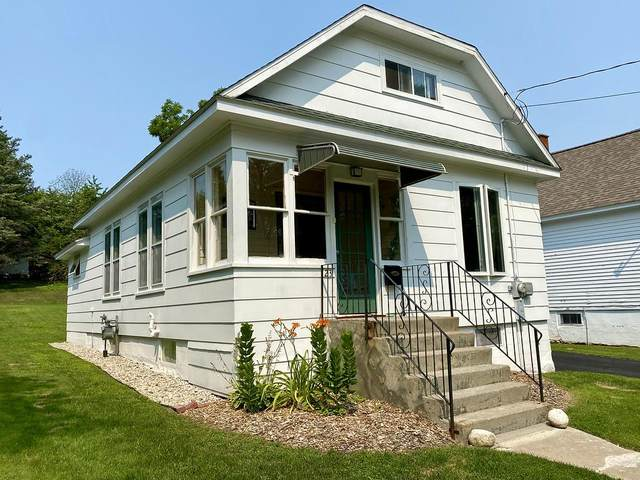 23 S Geneva Ave, Sturgeon Bay, WI 54235 (#137121) :: Town & Country Real Estate