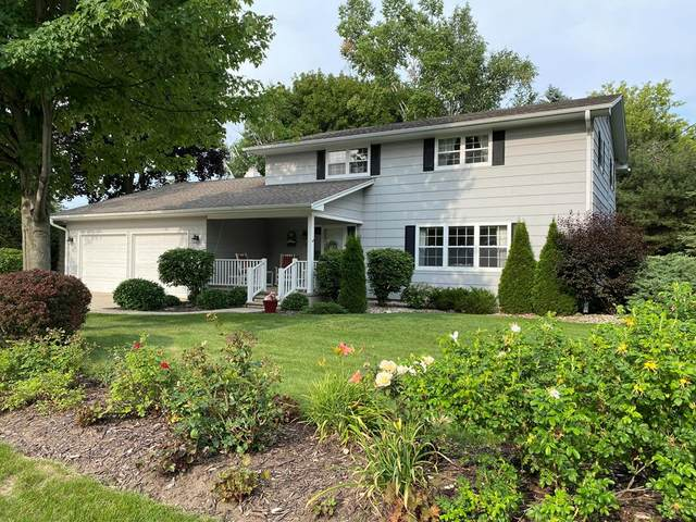 326 N Fulton Ave, Sturgeon Bay, WI 54235 (#137130) :: Town & Country Real Estate