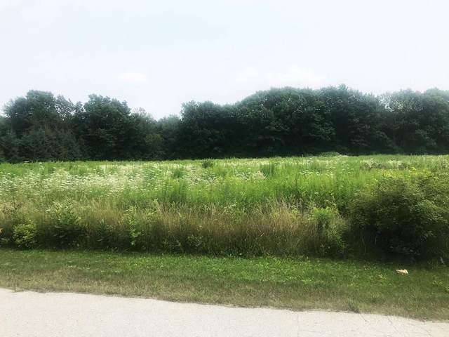 Lot 11 Rustic Oak Dr, Luxemburg, WI 54217 (#137181) :: Town & Country Real Estate