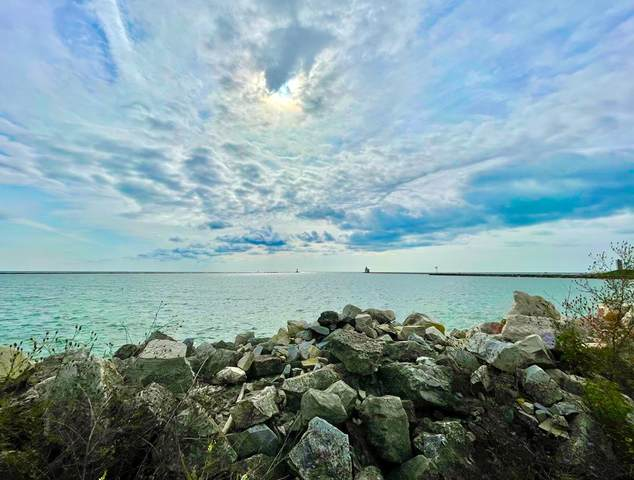 170 Hathaway Dr, Kewaunee, WI 54216 (#137292) :: Town & Country Real Estate