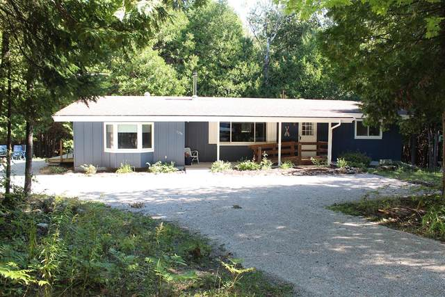 11250 Frontier Rd, Ellison Bay, WI 54210 (#137370) :: Town & Country Real Estate