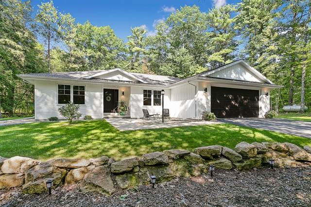 2522 Canal Ln, Sturgeon Bay, WI 54235 (#137389) :: Town & Country Real Estate