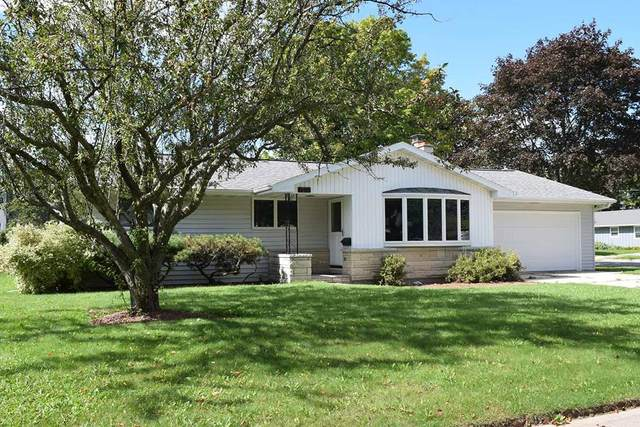 1201 2nd St, Kewaunee, WI 54216 (#137404) :: Town & Country Real Estate