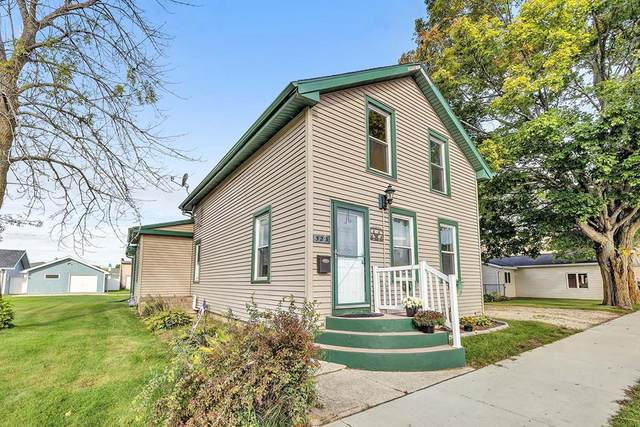 523 First St, Algoma, WI 54201 (#137415) :: Town & Country Real Estate