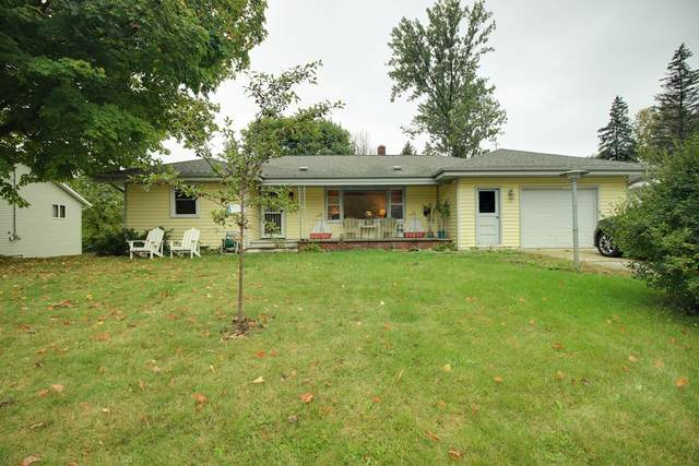 943 Louisiana St, Sturgeon Bay, WI 54235 (#137479) :: Town & Country Real Estate