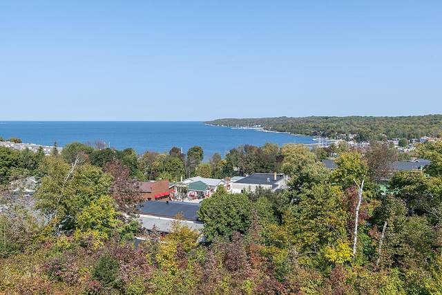 10609 Shore View Place #101, Sister Bay, WI 54234 (#135814) :: Town & Country Real Estate