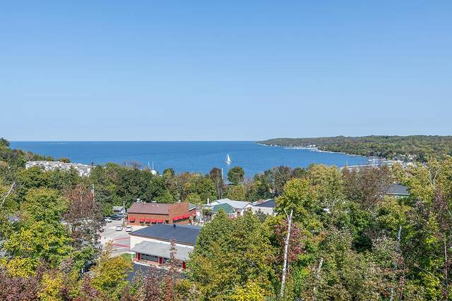 10609 Shore View Place #202, Sister Bay, WI 54234 (#135816) :: Town & Country Real Estate