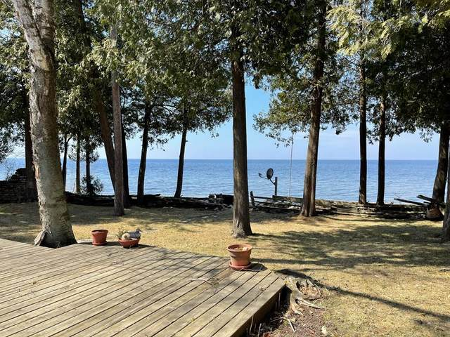 6251 Bay Shore Dr, Town of Egg Harbor, WI 54209 (#136542) :: Town & Country Real Estate