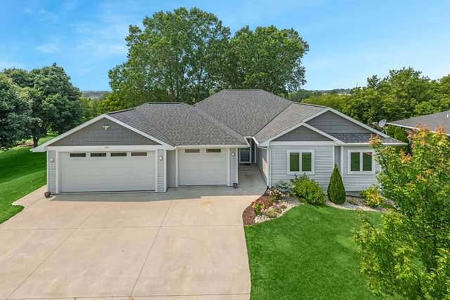 425 N 17th Dr, Sturgeon Bay, WI 54235 (#137123) :: Town & Country Real Estate