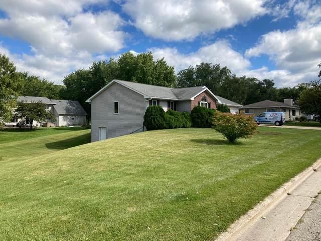 1023 Washington St, Algoma, WI 54201 (#137331) :: Town & Country Real Estate