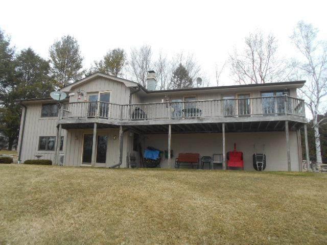5889 Cedar Creek Pl, Sturgeon Bay, WI 54235 (#136540) :: Town & Country Real Estate