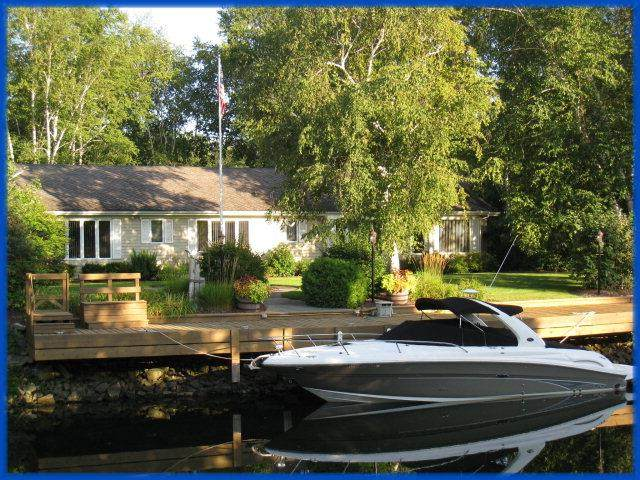 4235 Island Circle Dr, Sturgeon Bay, WI 54235 (#136707) :: Town & Country Real Estate