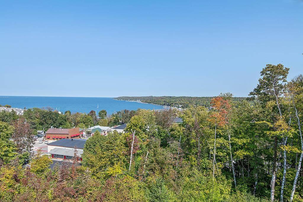 10612 Shore View Place - Photo 1