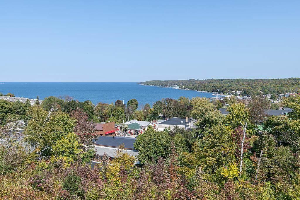 10609 Shore View Place - Photo 1