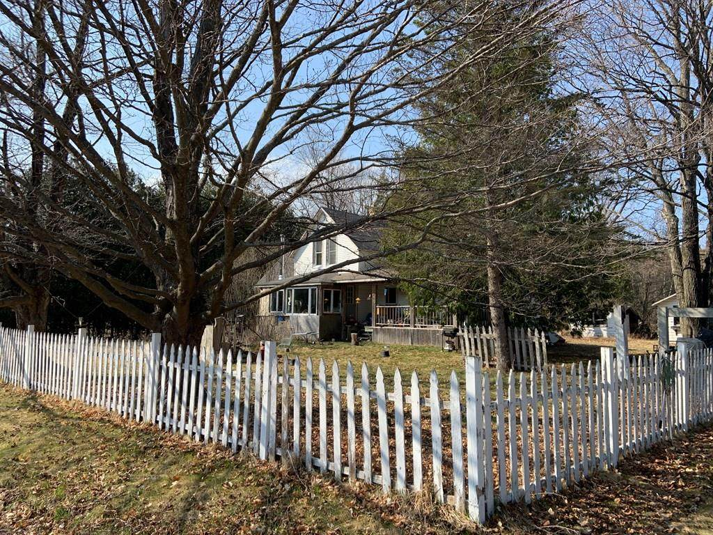 3160 County Rd F - Photo 1