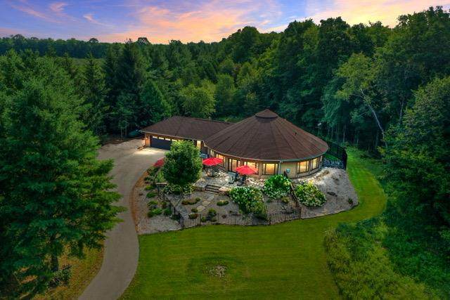2653 Old Lime Kiln Rd, Sister Bay, WI 54234 (#137163) :: Town & Country Real Estate