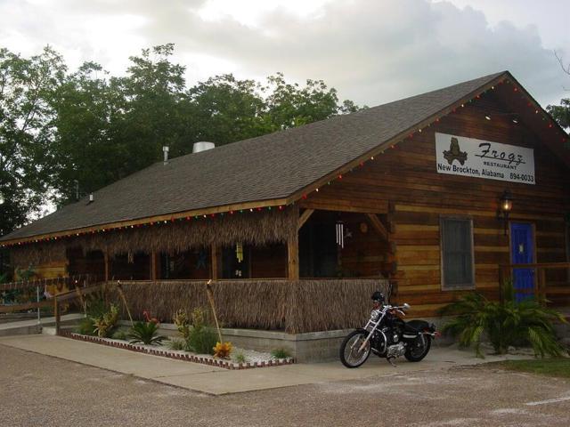 711 E Mckinnon, New Brockton, AL 36350 (MLS #170793) :: Team Linda Simmons Real Estate