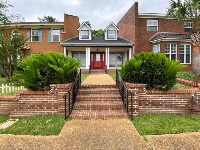 226 Fairway Woods Dr, Ozark, AL 36360 (MLS #177940) :: Team Linda Simmons Real Estate