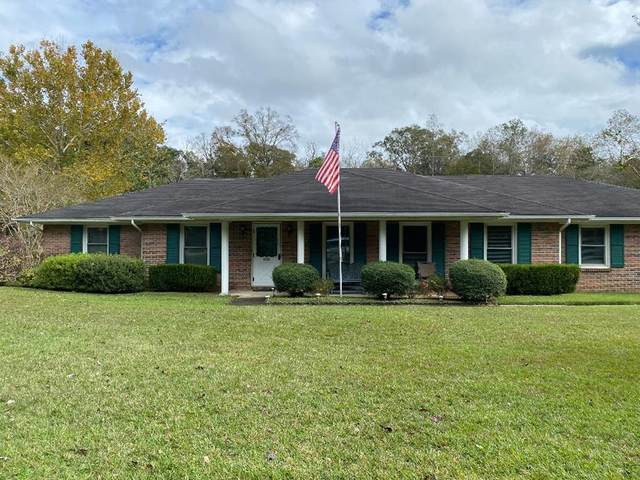 2213 Saddlewood Trail, Dothan, AL 36301 (MLS #180806) :: LocAL Realty