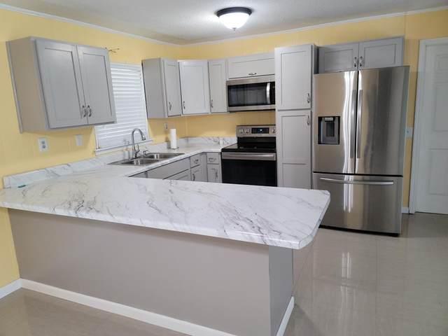 214 Honeysuckle Lane, Ozark, AL 36360 (MLS #183274) :: Team Linda Simmons Real Estate